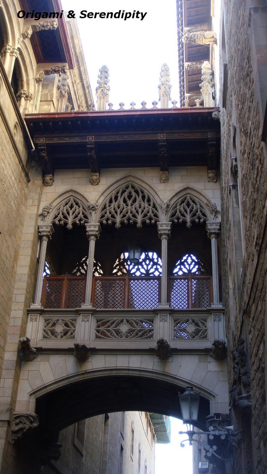 Palau de la Generalitat, Puente, Barcelona, Elisa N, Blog de Viajes, Lifestyle, Travel