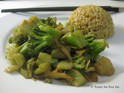 Ginger and Garlic Broccoli with Brown Rice - Photo by Taste As You Go