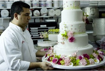 how do you make a fake wedding cake cakes and cake fakes bertie s bakery 15389