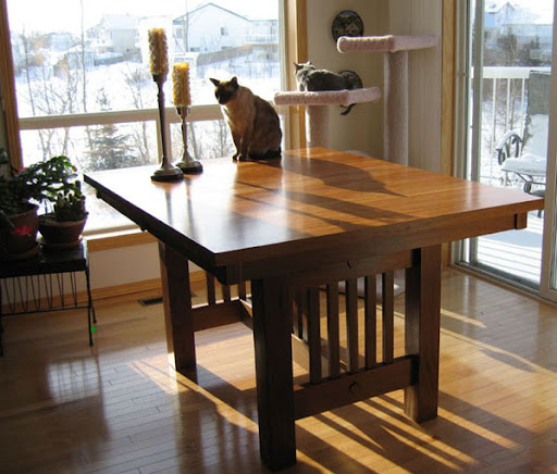 "60"" x 42"" Mission Table in Medium Oak"