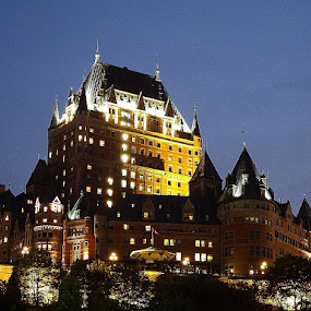 Chateau Frontenac at Night by Dave Davenport - Buildings & Architecture Office Buildings & Hotels ( quebec, night photography, night city, hotel, historic,  )