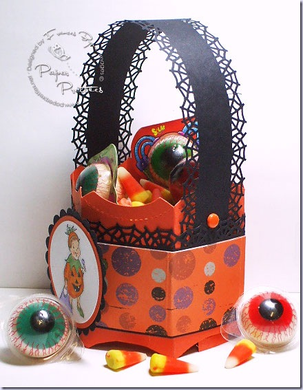 PP-halloween-bucket-eyes-wm