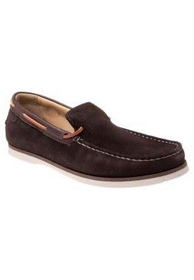 4e083a250ae6b ... zapatillas marrones BENNY 2 de Tommy Hilfiger siempre en forma! 360 °  cordón. Logotipo de la marca en el talón. Plantilla  Cuero Interior  Forro  de piel