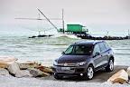 фото Volkswagen Touareg 2011-1.jpg