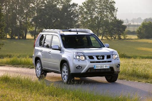 2010-Nissan-X-Trail-4.JPG