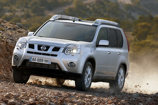 2010-Nissan-X-Trail-24.JPG