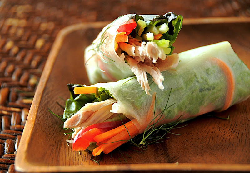 How To Roll Fresh Spring Roll Rice Paper White On Rice