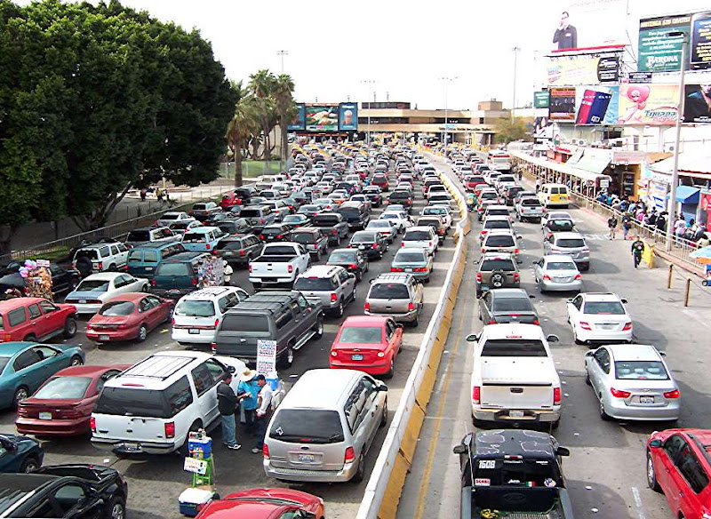 san_ysidro_port_of_entry.jpg