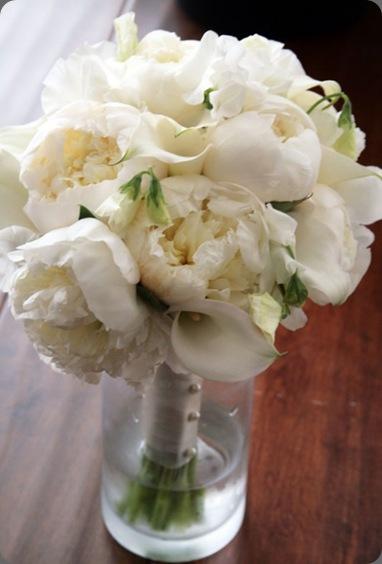 amie-bouquet-e1276891896226 the flower lab]