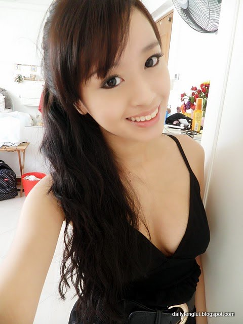 Audrey Li-Ting Lim from Singapore - Lenglui #82 - B4ROE