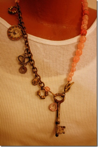 more necklaces 068