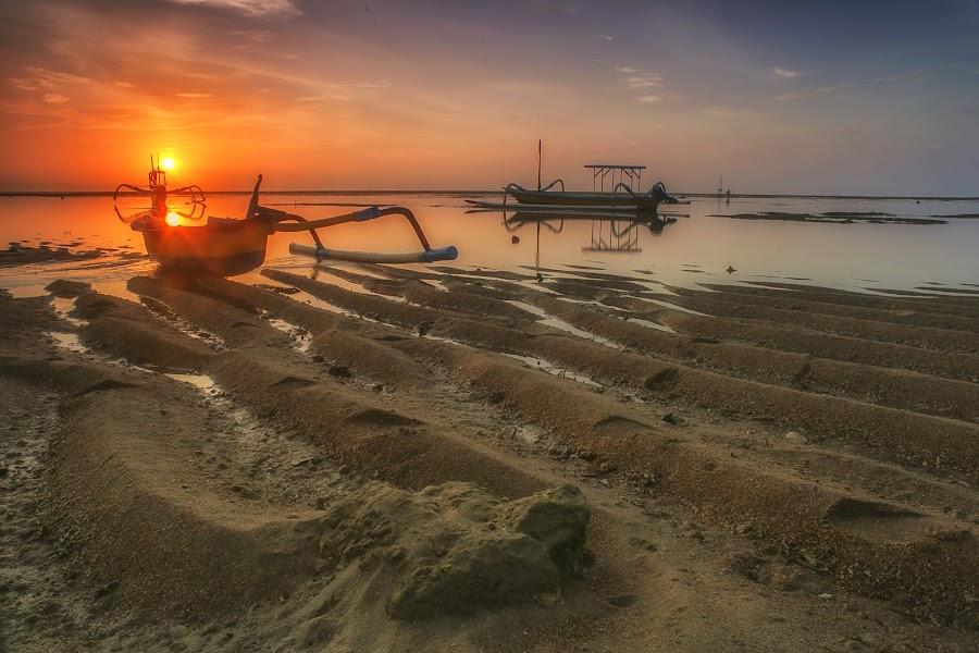 Mertasari by Bayu Adnyana - Landscapes Sunsets & Sunrises ( bali, sanur, beach, sunrise, mertasari, landscapes )
