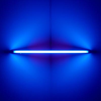 Tube bleu mamco Genève