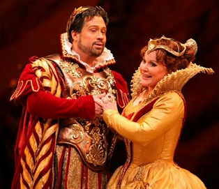 David Daniels as Cesare and Ruth Ann Swenson as Cleopatra in the John Pascoe production of GIULIO CESARE at the MET, 2007 [Photo by Marty Sohl]