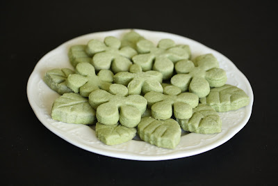 photo of a plate of Green Tea Shortbread Cookies