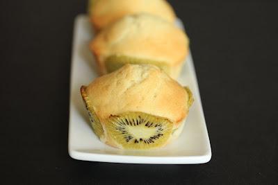 close-up photo of a kiwi cupcake