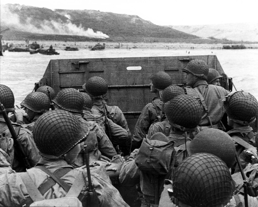 photo of soldiers on d-day