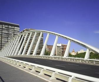 """Puente de la Exposición (conocido popularmente como """"La Peineta"""") (Valencia)"""