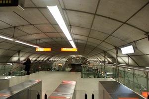 norman-foster-Metro-de-Bilbao-España-high-tech-arquitectura