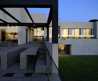 Residential Building / Arquitectos A-cero, Madrid