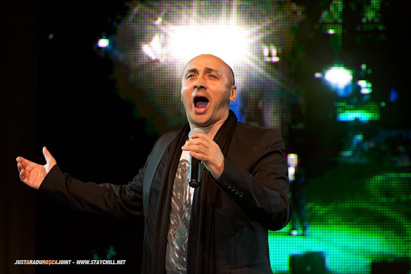Marcel Pavel concerteaza la Tirgu Mures in cadrul concursului de frumusete Miss Tirgu Mures din data de 23 mai 2011, inaintea decernarii premiilor.