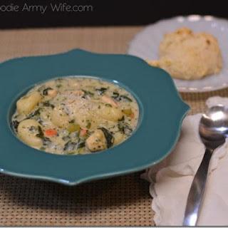 """""""Olive Garden"""" Chicken Gnocchi Soup."""