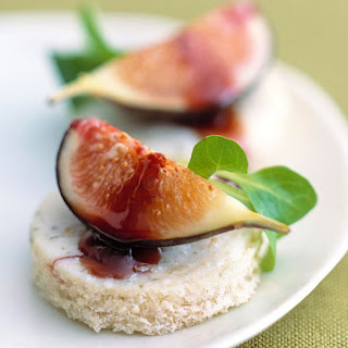 Gorgonzola Dolce with Figs and Port Recipe