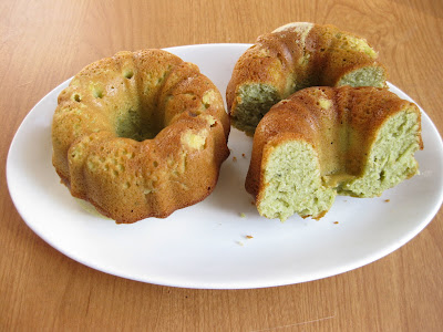 Matcha Green Tea Yogurt Cakes