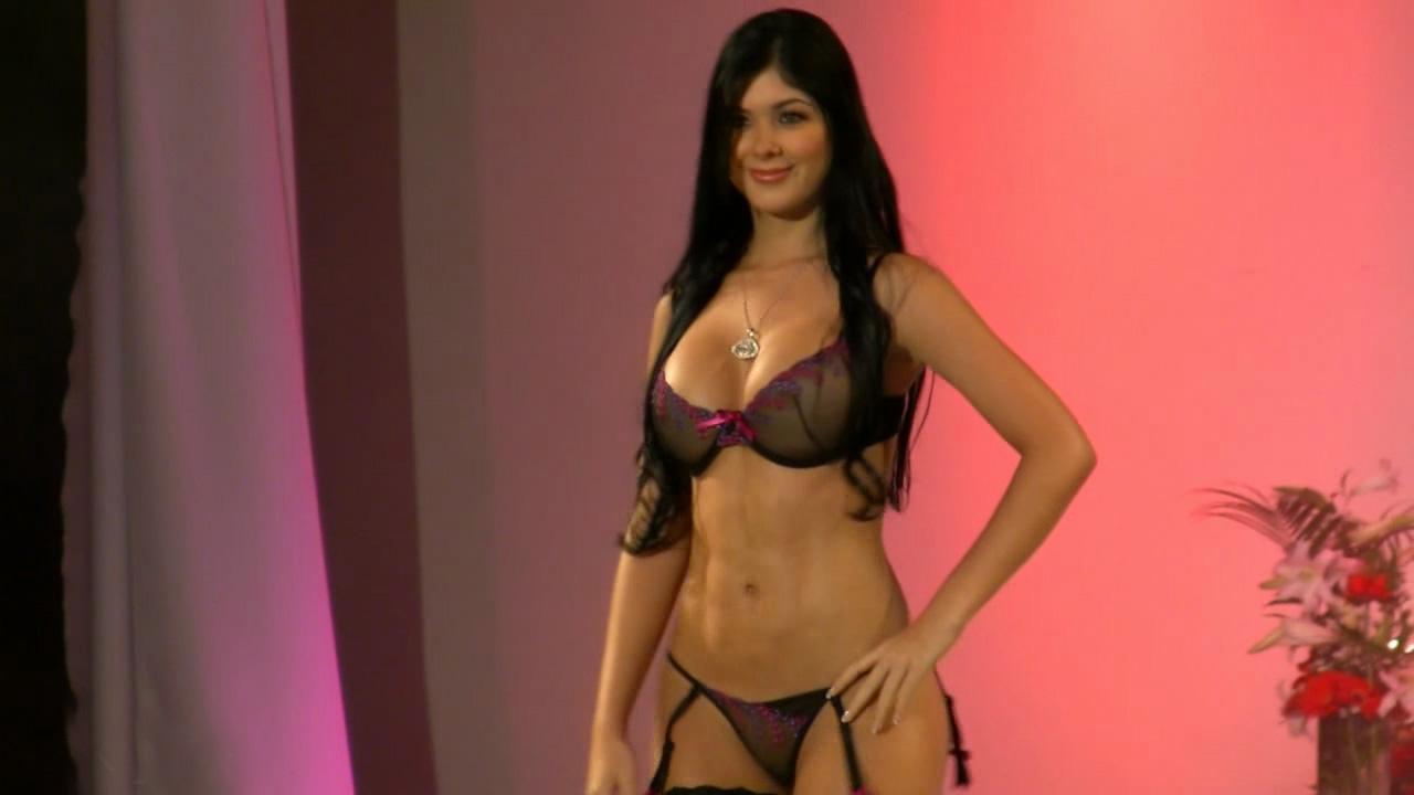 Lebanon 87 show naked - 4 4