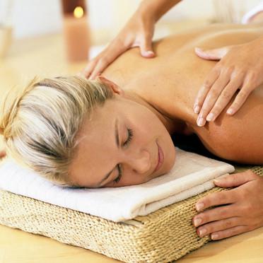 tout savoir sur le massage la bougie alg rie360. Black Bedroom Furniture Sets. Home Design Ideas