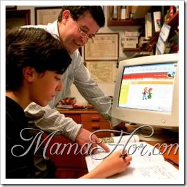 padre_ayuda_hijo_deberes