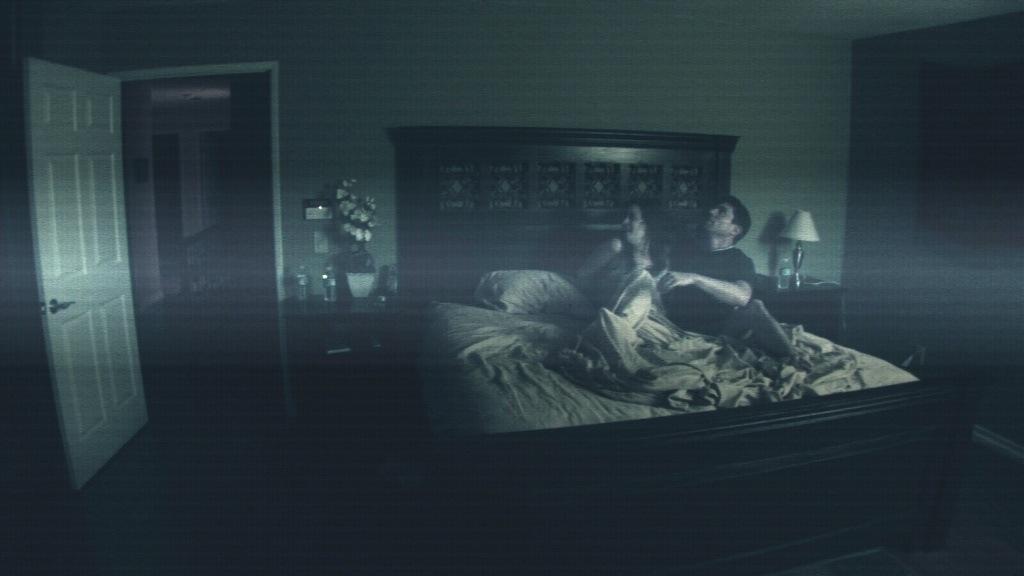 [ParanormalActivitystillbedroom[1].jpg]