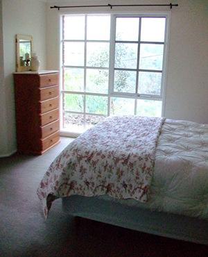 2009 Bedroom (9)