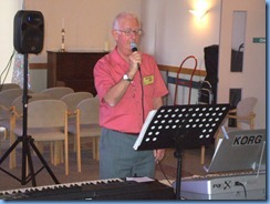Peter Jackson crooning away for the Care & Craft members