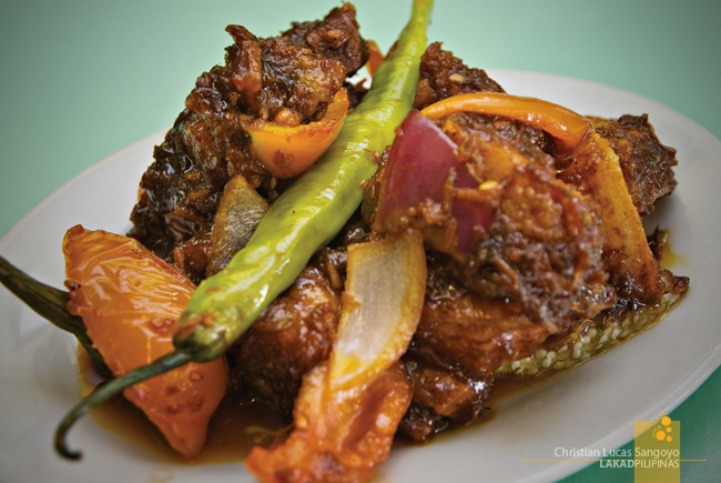 Crispy Binagoongan at Quezon City's Lola Idang's