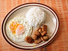 Chicken Longaniza Breakfast at El Ideal in Silay