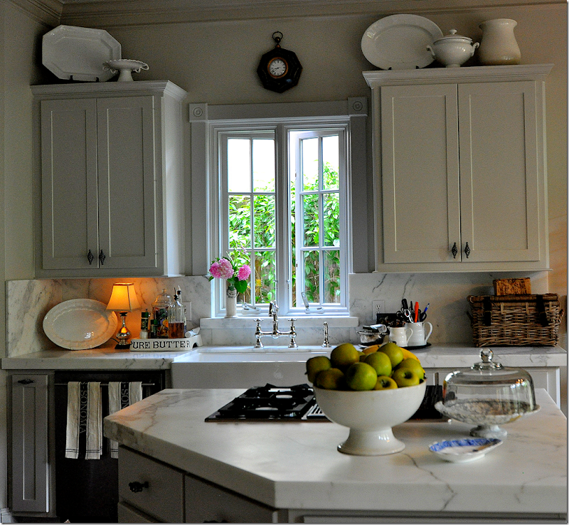 Decorating Over Kitchen Cabinets: COTE DE TEXAS: Another Kitchen Ala Sally Wheat