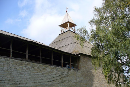 Крепостная башня Старая Ладога Staraya Ladoga fortress tower photo yuri1812