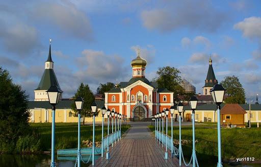 Монастырская пристань Валдайский Иверский монастырь, Новгородская область Monastic pier Valdaysky Iberian Monastery, Novgorod region  photo yuri1812