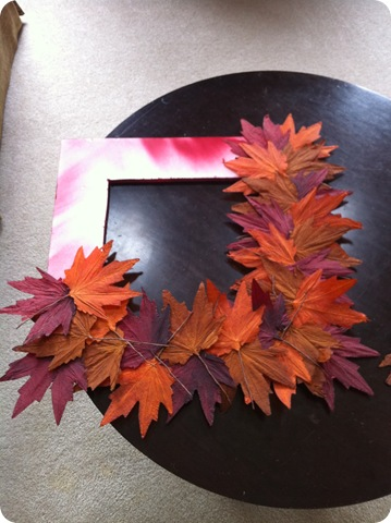 Easy DIY fall leaf wreath