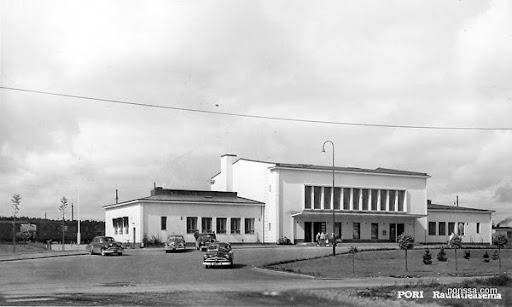 Porissa Valokuvablogi Porin Rautatieasema Ennen Ja Nyt
