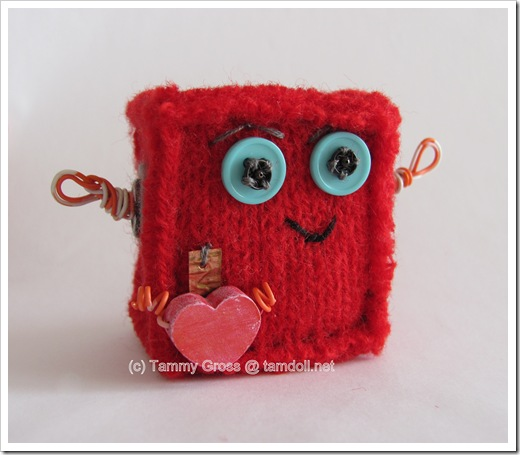 Tamdoll's Mini Love-Bots for Valentine's Day