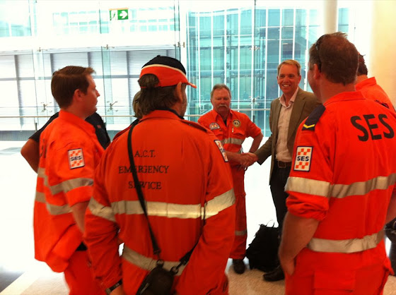 Simon Corbell says goodbye to Queensland volunteers