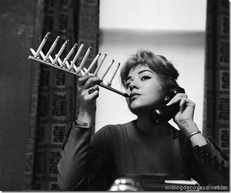 los paquetes de cigarrillos titular