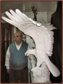 Águila a tamaño natural. Escultura