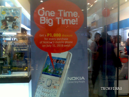 Nokia C3 Promo Line at SM North EDSA - 9PM - TechPinas