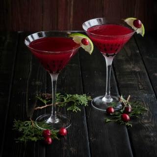Christmas Cranberry Cosmopolitan
