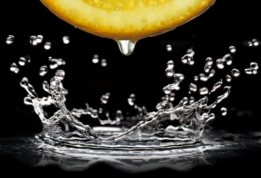 Splash!! by Akshaye Raphael - Novices Only Abstract (  )