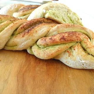 Twisted Pesto Bread