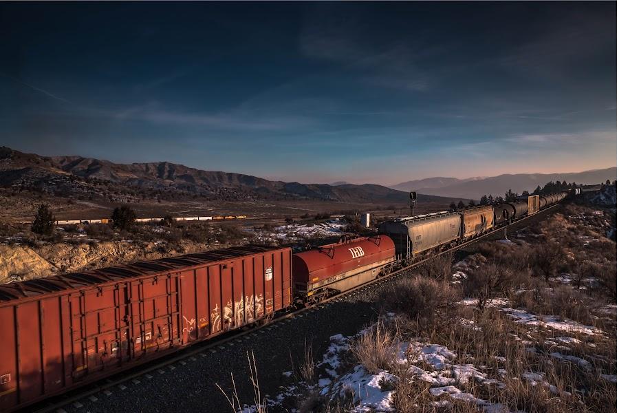 Durkee Loop by Buck Graybill - Transportation Trains